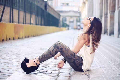 Imagem via We Heart It https://weheartit.com/entry/142769475 #fashion #model #outfit #woman