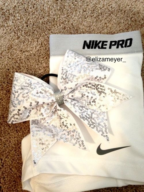 Even though I'm not a cheerleader you can wear bows and Nike Pro for dance :) <3
