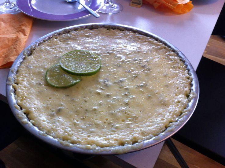 Key lime pie http://www.ricardocuisine.com/recettes/4051-tarte-a-la-lime-key-lime-pie-