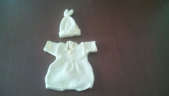 Check out this item in my Etsy shop https://www.etsy.com/uk/listing/236845651/newborn-easter-hat-newborn-girl-bunny