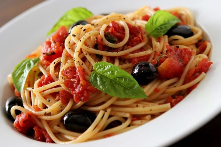 This spaghetti marinara recipe is amazing.