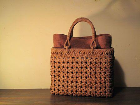 入荷のお知らせ◇山ぶどう石畳編みのバッグ | 『籠や』のいろは日記