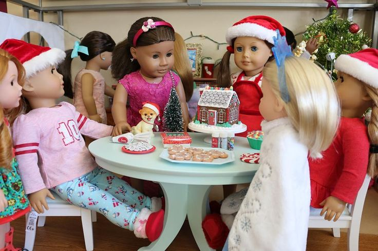 MEERY CHRISTMAS!!!! I cannot believe this year went by so fast! I hope you all have a great Christmas! #Americangirldolls #americangirldoll #americangirl #agdoll #agdolls #agig #ag #holidays #dollidays #joy2everygirl