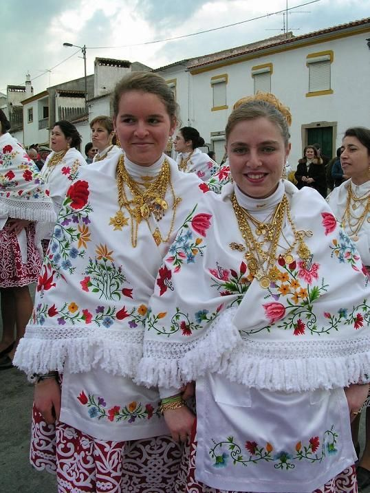 Trajes de Portugal: O Carnaval de Alpalhão – Nisa – Alto Alentejo