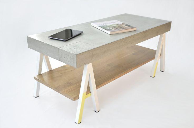 Archi Limited1414 est un(e) table basse/meuble tv constitué(e) d'un plateau en béton fibré monté sur une structure métallique blanche et jaune s'inspirant des pieds des tables d'architectes.  www.m-trend.fr  M-trend - Luminaire et mobilier