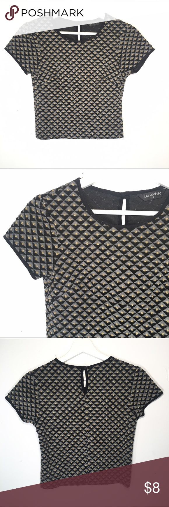 MISS SELFRIDGE Crop Top Short sleeve  Jewel neckline  Button closure at neckline  Black, grey and gold design  51% Viscose 41% Polyester 1% Metallised fibers   UK brand Euro size 8  Condition: no stains or tears   ☑️No Pets  ☑️Non-Smoking home  ☑️Every item steamed throughly before shipped!  💌 Ships from Santa Monica, CA   🗝Follow me on Instagram! @koukil1908 ask to have a video of the item ✌️ Miss Selfridge Tops Crop Tops