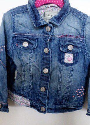 Kaufe meinen Artikel bei #Mamikreisel http://www.mamikreisel.de/kleidung-fur-madchen/outdoorbekleidung-jacken/36866185-susse-jeansjacke-von-next-in-92