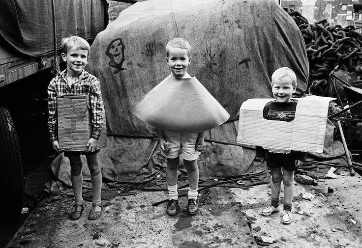 Kids in cardboard costumes Amsterdam 1956