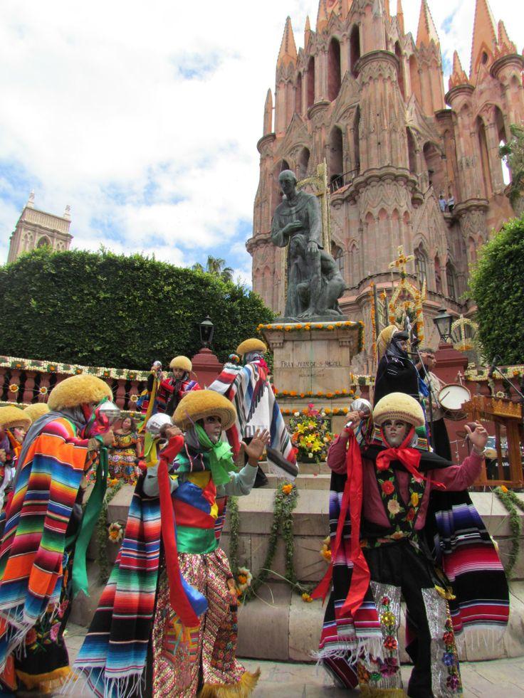 Los Parachicos San Miguel De Allende Mexico San Miguel