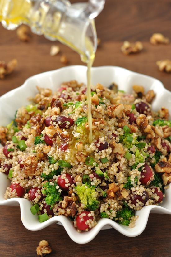 Cranberry Quinoa Salads: This fluffy quinoa salad is spiked with juicy cranberries, vibrant veggies and topped with homemade honey and brown sugar walnuts!