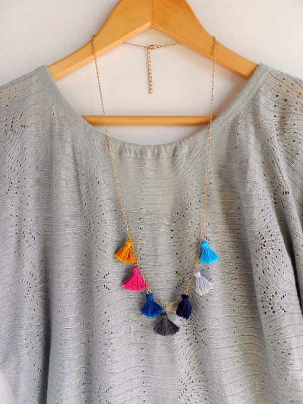 DIY Collier à petits pompons_DIY Tassels necklace