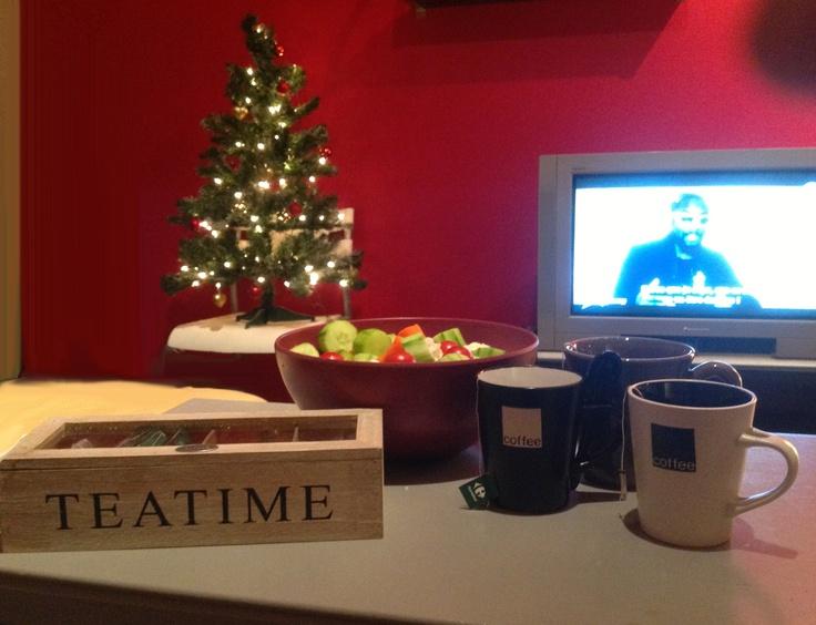 Une parfaite soirée d'hiver entre filles :D Thé, snack et STAR AC' :D