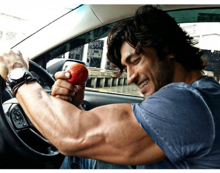 Click on the image to learn about Vidyut Jamwal's Bollywood celebrity workout!