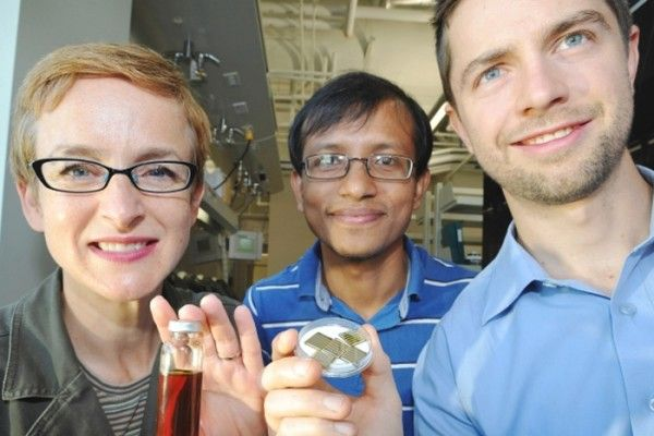 """Scientists in Canada have used commonplace elements to create a cheap solar power photovoltaic material in the form of a nanoparticle-based """"ink."""""""