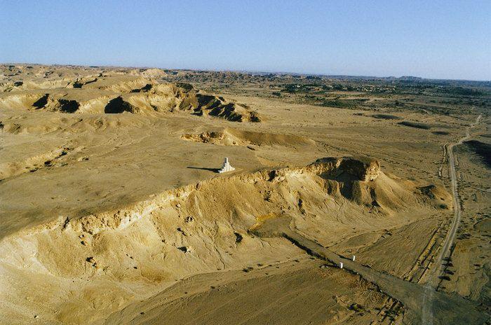 Ratio by Andrew Rogers, 2004. Arava Desert.