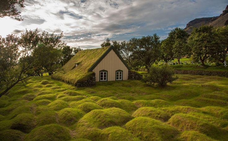 Церковь в Исландии, Menno Schaefer. Ловите мгновения на Яндекс.Картинках.