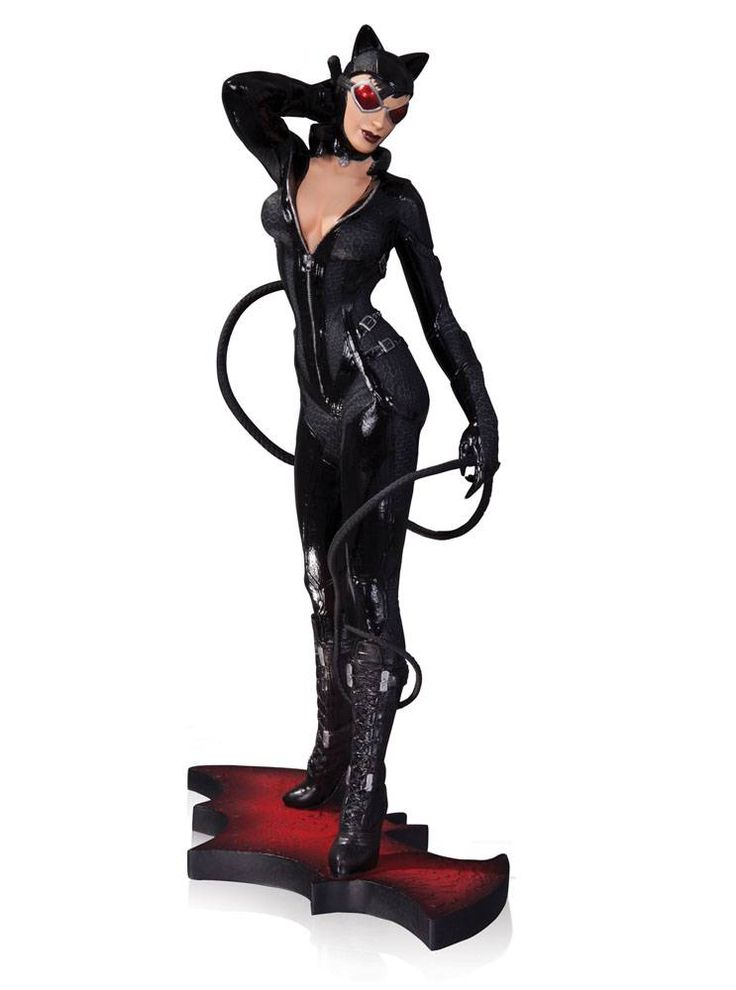 Batman Arkham City Statue Catwoman Full Color Version Exclusive - The Movie Store