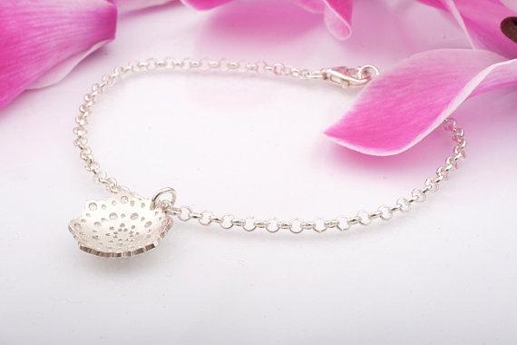 Doily Mini Bracelet. Silver Doily Bridal Bracelet. Lace Bracelet.