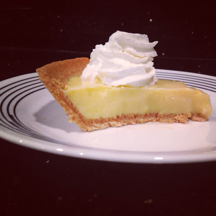 Homemade key lime pie. Made with the juice of only one large lime which yielded just over half a cup of lime juice! #homemade #portioncontrol #keylimepie #happyholidays #limes  #pie #expressdocs #urgentcare #delray #delraybeach #southflorida #soflo #sofla #medicalcare #medicalcenter