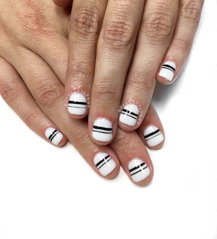 Short nail beds? No worries. I got love for them as well. Black and white nails. #PreciousPhan