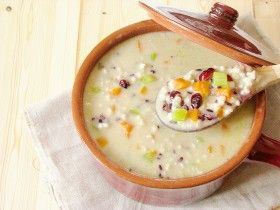 Soupe+à+l'orge+perlée+et+riz+nérone+