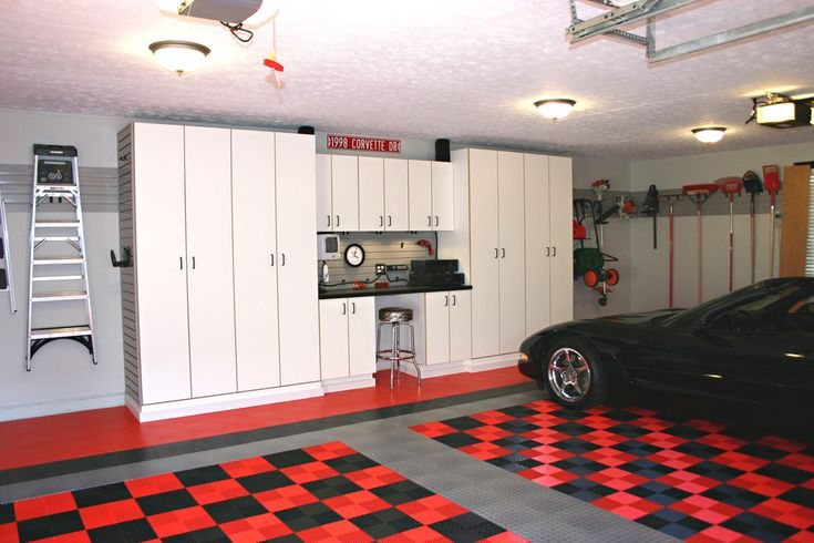Corvette Garage - traditional - garage and shed - cincinnati - Garage Storage and More