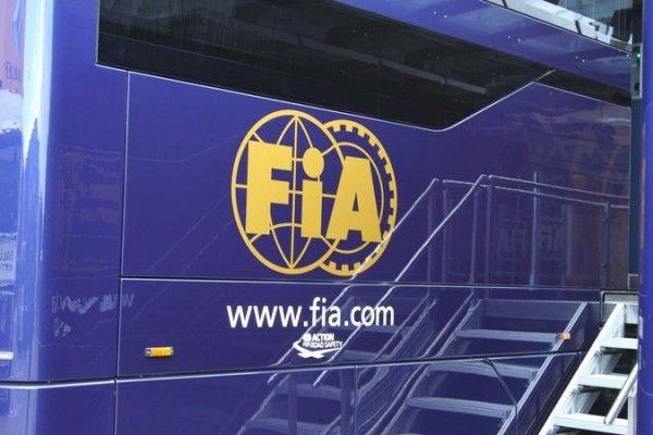 Formule 1: Des commissaires moins sévères en 2016…il était temps!