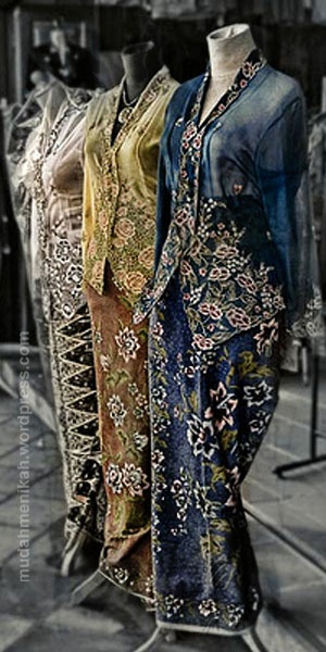 traditional costume :kebaya