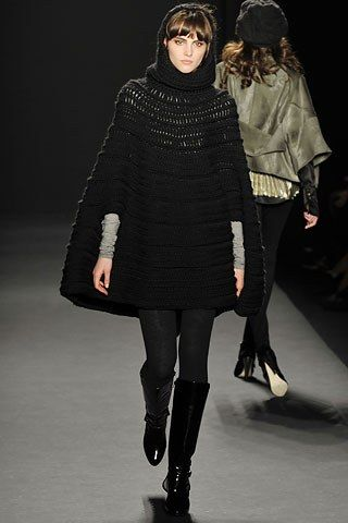 Nicole Miller Fall 2008 Ready to Wear Collection Photos   Vogue