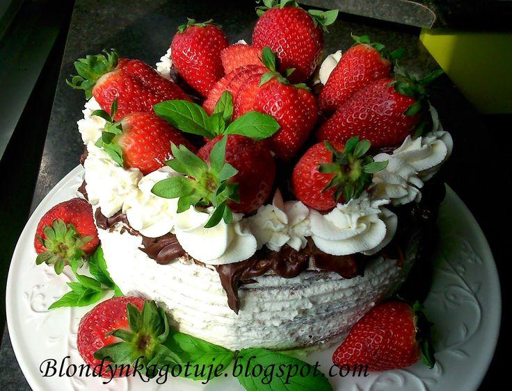 Blondynka Gotuje: Tort Urodzinowy Mój :)
