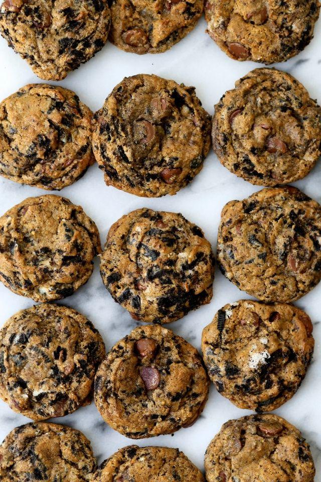 Milk Chocolate Cookies and Cream Cookies // joy the baker