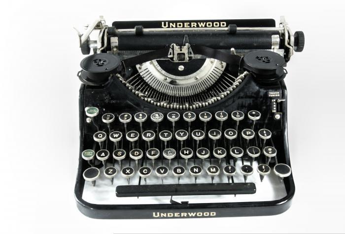 Antique Typewriter - Underwood