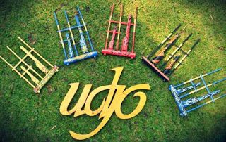 ever heard the word ' angklung '? Yes, one of the traditional Sundanese instrument is well known to foreign countries.   There is one place in Bandung, West Java which still preserve these traditional instruments, such as what? read his review here  #vacation #destination #holiday #travel #traveling #indonesia #backpacker #backpacking #attraction #tourist #angklung #sundanese #bandung #westjava
