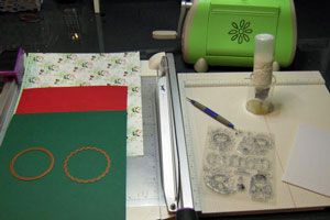 Secret Box Tutorial - Splitcoaststampers Not exactly a card but pretty cool anyway, so I wanted to pin it!