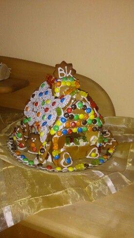 Die Kids haben verziert <3 Lebkuchenhaus