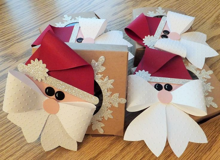 Santa Box Stampin' Up! Gift Bow & Perfect Pennants BIGZ L Die, Word Window Punch, Boho Blossoms Punch, Festive Flurry Framelits, Decorative Window Gift Box