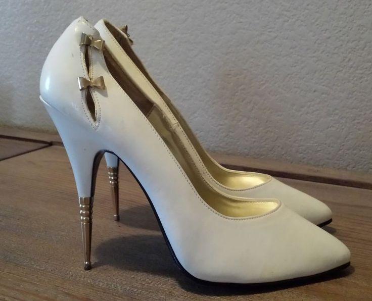 Vintage Rush Hour Express White With Metal Stiletto Heel Pumps Size 8 Retro