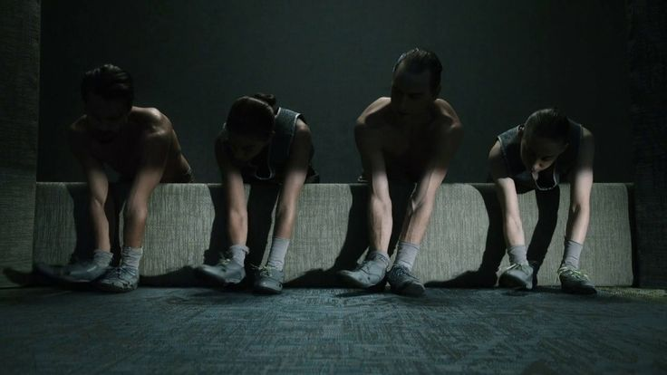 """The Contradiction of Silence Design agency Bolon has recently launched its new flooring collection called """"Silence"""" in collaboration with the choreographer Alexander Ekman. They have directed this video in which the music is made by the dancers' steps and the sound of machines. A beautiful dance, where the floor gradually gets weaved, is to discover."""