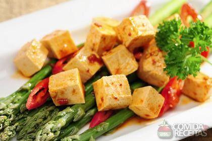 Receita de Tofu grelhado com vinagre balsâmico em receitas de salgados, veja essa e outras receitas aqui!