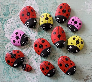 Piedras pintadas, mariquitas