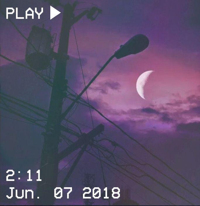 M O O N V E I N S 1 0 1 Vhs Aesthetic Sky Night Purple Moon Lamppost Clouds Starye Kamery Kompyuternye Illyustracii Instagram
