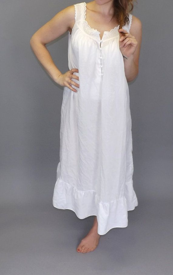 Vintage Newport News White Cotton Nightgown by alicksandraflin