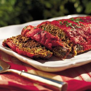 This Southern meatloaf recipe features Creole and Greek seasonings and a hint of garlic. A few tablespoons of Worcestershire sauce spice up the traditional ketchup topping.