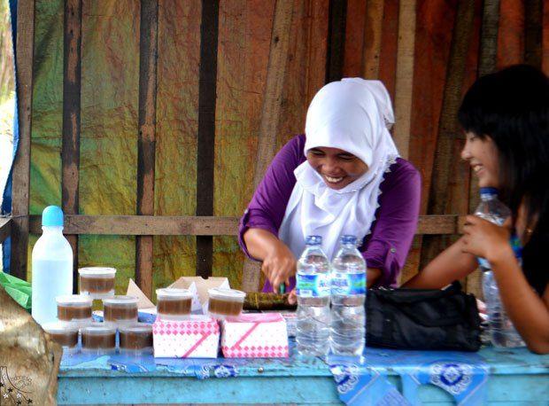 Road Side stall selling lemang and Kaya Tebing  Tinggi near Medan Indonesia
