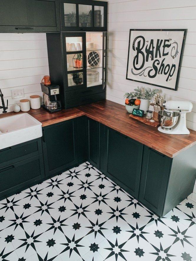 Kitchen Floor Makeover With Floor Pops Altair Tiles Fontaine Farmhouse In 2020 Kitchen Flooring Checkered Floor Kitchen Floor Makeover