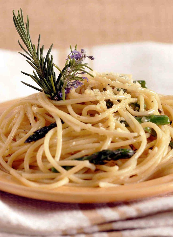 Rosemary Spaghetti With Roasted Asparagus »sub GF spaghetti