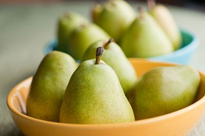 Kids Eat Right - Poached Pears with Caramel Sauce