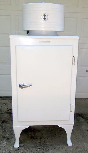 Retro Original GE Monitor Top Antique Refrigerator Works Vintage Appliance | eBay    *Very cool.  Definitely on my kitchen wishlist