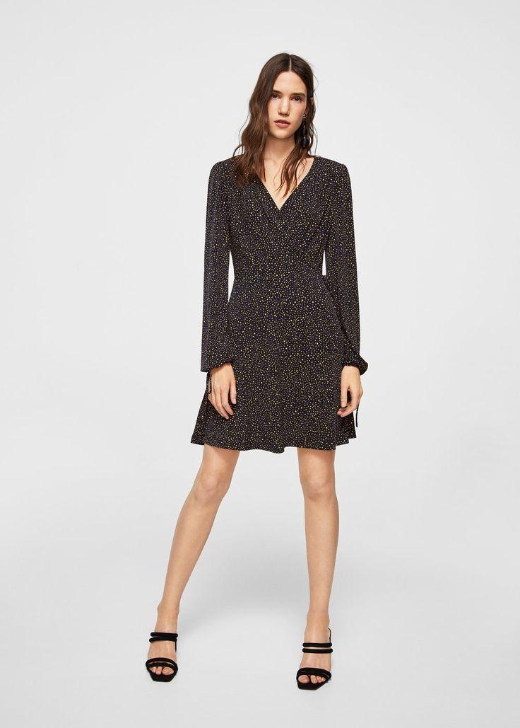 https://shop.mango.com/fr/femme/robes-combi-shorts/robe-cache-c%C5%93ur_21013661.html?c=85