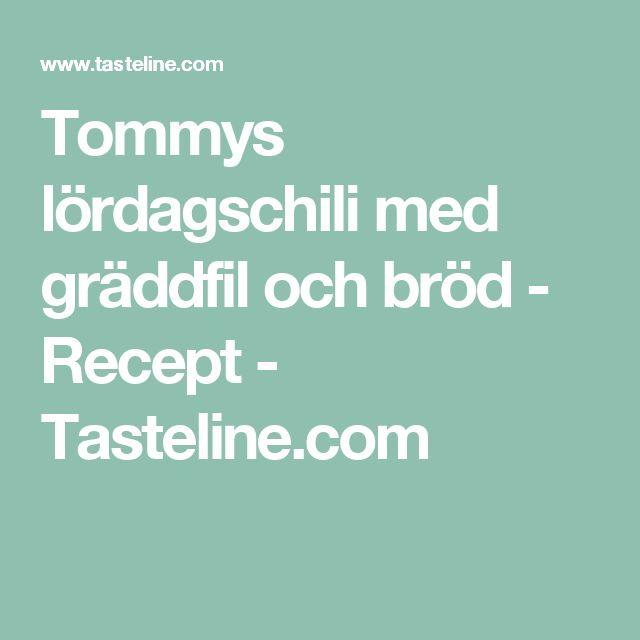 Tommys lördagschili med gräddfil och bröd - Recept - Tasteline.com